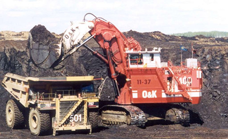 Surface mining of tar sands in Alberta